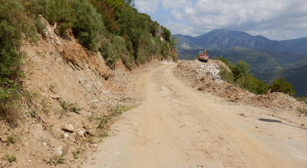 Συνεχίζονται στα χωριά του Ταϋγέτου οι εργασίες αποκατάστασης των ζημιών
