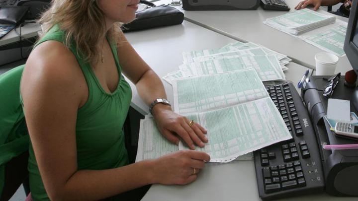Με εντατικούς ρυθμούς η υποβολή φορολογικών δηλώσεων