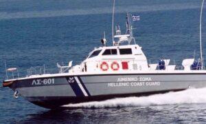 120 παράτυποι μετανάστες φτάνουν στο Λιμάνι της Καλαμάτας
