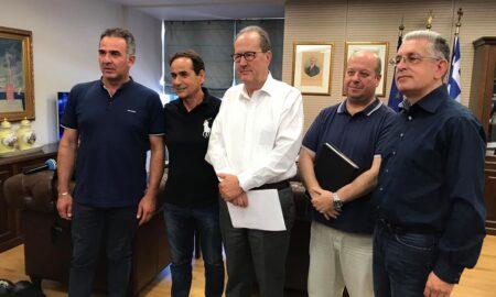 Εκπροσώπους της  Ένωσης Οινοπαραγωγών Αμπελώνα Πελοποννήσου συνάντησε ο Π.Νίκας
