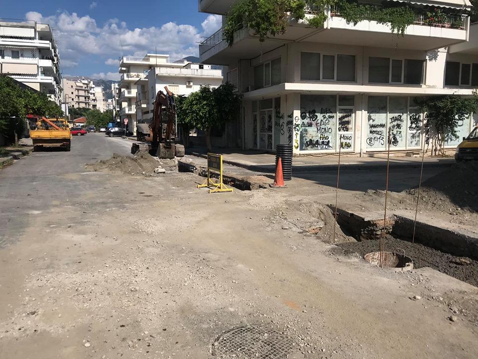 """Συνεχίζονται τα έργα στο """"Νησάκι"""": """"Ξηλώθηκε"""" προσωρινά ο ποδηλατόδρομος"""