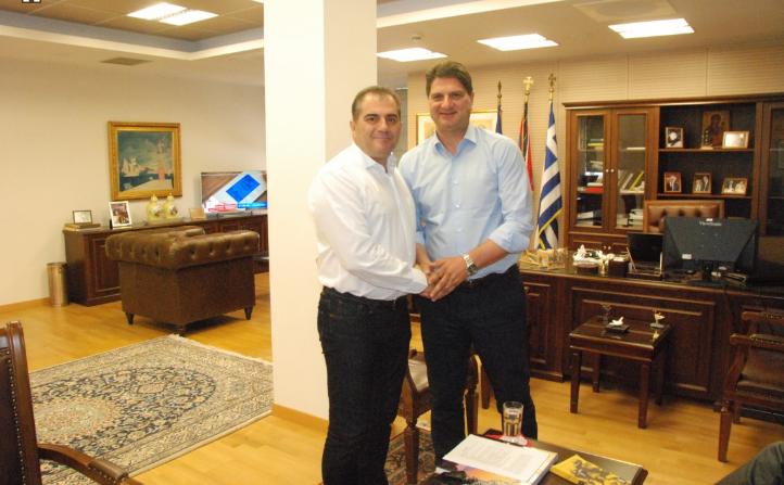 Στο Δημαρχείο Καλαμάτας ο Αθανασόπουλος-Συνάντηση με Νίκα και Βασιλόπουλο