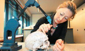 Η Ελληνίδα επιστήμονας που ανακάλυψε το παλαιότερο κρανίο Homo Sapiens στον κόσμο