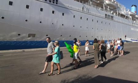 1.244 Bρετανοί τουρίστες στο Λιμάνι της Καλαμάτας