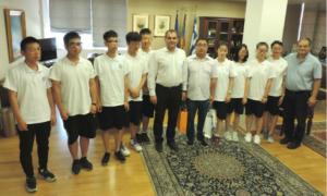 Μαθητές και μαθήτριες από την Κίνα στο Δημαρχείο Καλαμάτας