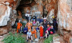 Ορειβατικός Καλαμάτας: Με επιτυχία η εξόρμηση στο σπήλαιο Καταφύγι Σελίνιτσας