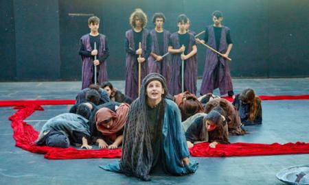 """Πειραματική Σκηνή Καλαμάτας: Θερμό χειροκρότημα για τις """"Τρωάδες"""" του Ευριπίδη"""