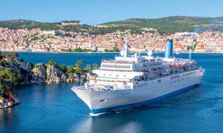 """Νωρίς το πρωί της Δευτέρας πιάνει λιμάνι το κρουαζιερόπλοιο """"Marella Celebration"""""""