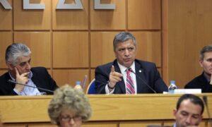Προτάσεις για την κυβερνησιμότητα στους δήμους κατάθεσε η ΚΕΔΕ