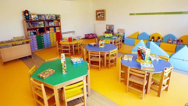 Αυξάνεται το επίδομα σε τρίτεκνους – 180€ μηνιαίως για κάθε παιδί εκτός παιδικού σταθμού