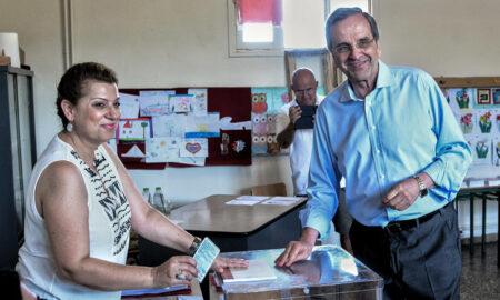 Σαμαράς: Το χαμόγελο επιστρέφει