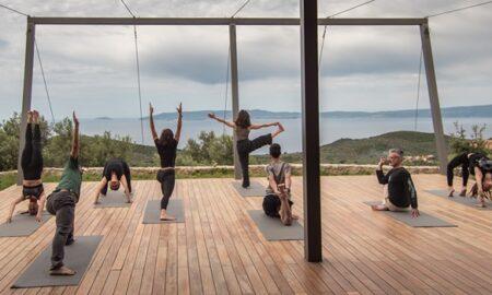 Γιόγκα στα βουνά της Μάνης – Μοναδικός ξενώνας για άθληση, διαλογισμό και διατροφή