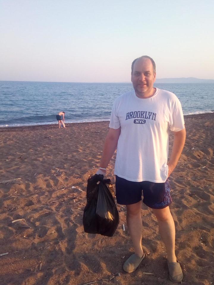 Μεσσήνη: Εθελοντικός καθαρισμός και προβληματισμός για την παραλία του Αγίου Νικολάου