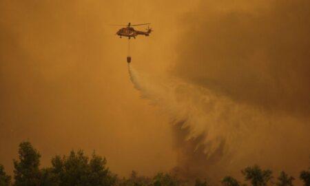 Φωτιά στην Εύβοια: Συγκλονιστικό βίντεο από το drone της Πυροσβεστικής