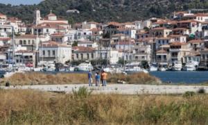 """Πόρος: Μη αδειοδοτημένο το """"ελικοδρόμιο"""" από όπου απογειώθηκε το ελικόπτερο"""
