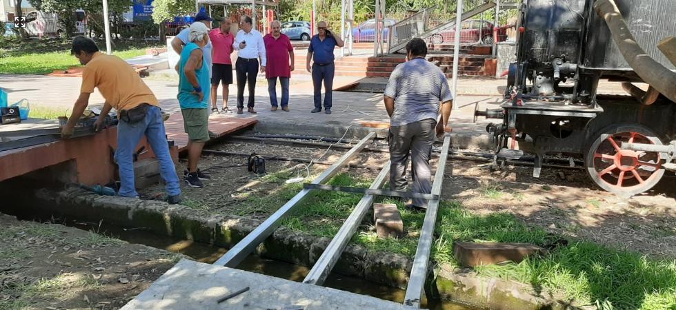 Ράμπα ΑμεΑ στο Δημοτικό Πάρκο Σιδηροδρόμων Καλαμάτας