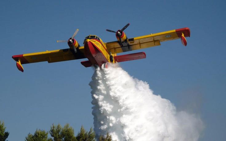 Πυρκαγιά στην Εύβοια: Κροατία και Ιταλία στέλνουν πυροσβεστικά αεροσκάφη