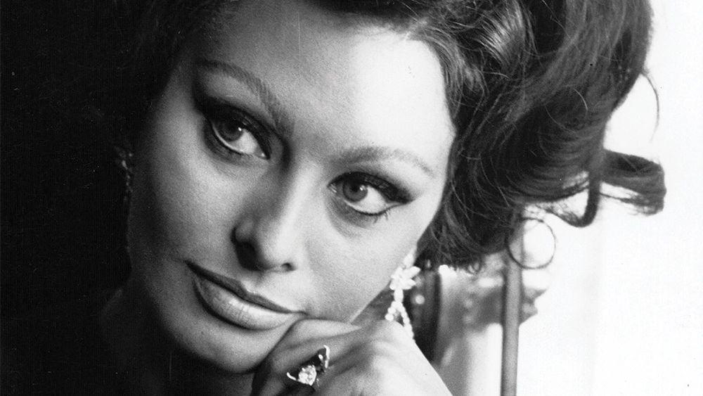 Sofia Loren: Τα ωραιότερα μάτια του σινεμά γίνονται σήμερα 85 ετών