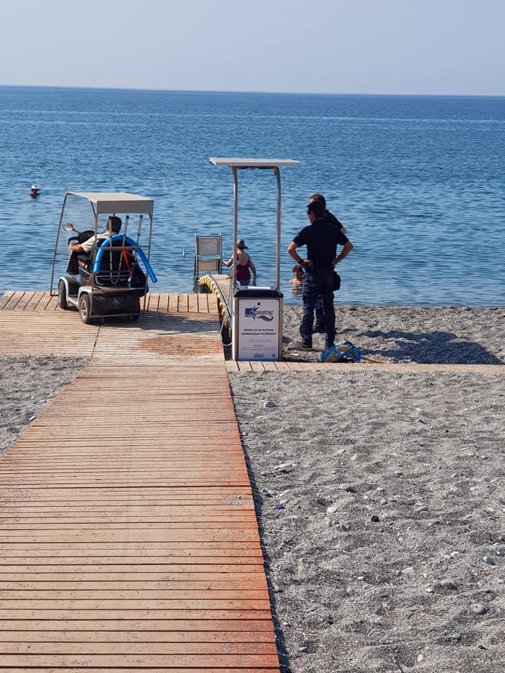 Άγνωστοι βανδάλισαν το Seatrac στην παραλία της Kαλαμάτας