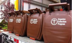 Χαλάνδρι: Σε λειτουργία το πρώτο απορριμματοφόρο με καύσιμα από υπολείμματα τροφών
