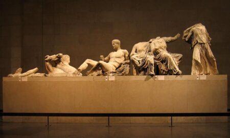 Θεοχαρόπουλος: Τα γλυπτά του Παρθενώνα πρέπει να επιστραφούν, όχι να δανειστούν