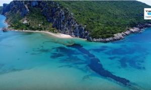 Σφακτηρία: Το παραδεισένιο ελληνικό νησί με το αποτρόπαιο όνομα και τις φονικές μάχες