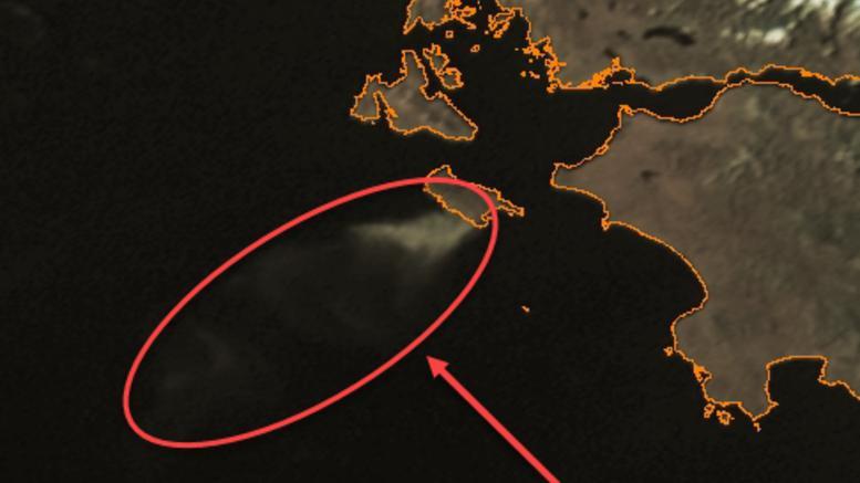 Δορυφόρος «είδε» τον καπνό από την πυρκαγιά στη Ζάκυνθο
