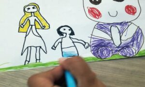 Λιμάνι Καλαμάτας: Τα προσφυγόπουλα ζωγραφίζουν τη ζωή…