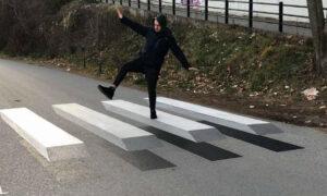 Οι πρώτες 3D διαβάσεις στην Ελλάδα έξω από σχολεία σε Νάουσα και Χαλάνδρι