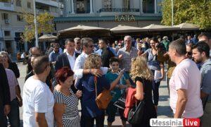 Βόλτα στο κέντρο της Καλαμάτας έκανε ο Πρωθυπουργός Κυριάκος Μητσοτάκης