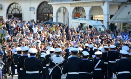 Πύλος: Πλήθος κόσμου στην επέτειο της Ναυμαχίας του Ναυαρίνου