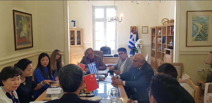 Κινεζικό ενδιαφέρον για παραγωγή μεταξιού στην Περιφέρεια Πελοποννήσου και απευθείας αεροπορική σύνδεση Καλαμάτας-Κίνας