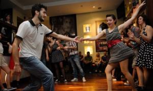 Κέντρο Νέων Καλαμάτας: Βραδιά με swing jazz και χορό!
