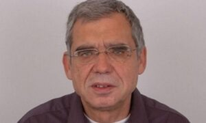 «Έφυγε» ο θρυλικός «Αποδυτηριάκιας», δημοσιογράφος Κώστας Καίσαρης