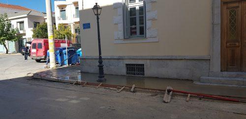Εργασίες για διευκόλυνση της πρόσβασης ΑμεΑ στο Διοικητήριο της Περιφέρειας, στην Τρίπολη