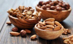 Οκτώ ξηροί καρποί για ισορροπημένο σάκχαρο και περισσότερη ενέργεια