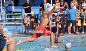 """Γέμισε """"δελφινάκια"""" η πισίνα!- Με μεγάλη επιτυχία έγινε η ημερίδα του ΝΟΚ για τους μικρούς κολυμβητές"""
