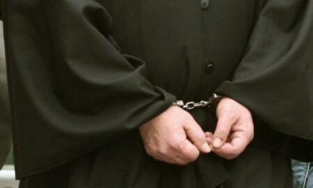 Μάνη: Σύλληψη 57χρονου ιερέα για το βιασμό 12χρονου κοριτσιού
