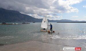 """""""Από μπουκάλια σε σκάφη"""": Έφτιαξαν και φέτος ιστιοπλοϊκό σκάφος από πλαστικά μπουκάλια!"""