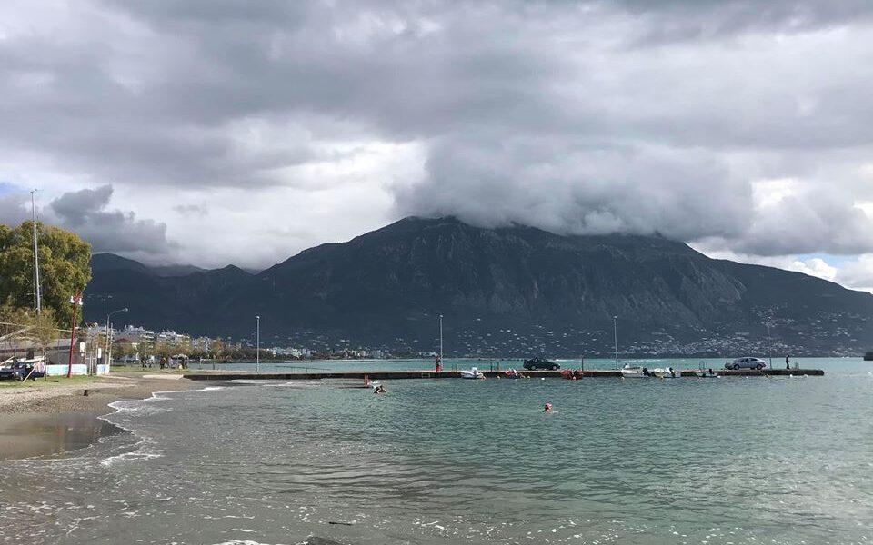Καλαμάτα: Συννεφιασμένη Κυριακή με βροχές τα ξημερώματα