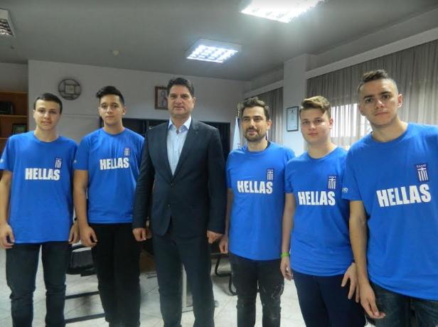 Στο Δήμαρχο Μεσσήνης η ομάδα ρομποτικής bitbot που κατέκτησε τη 2η θέση στην Παγκόσμια Ολυμπιάδα Ρομποτικής