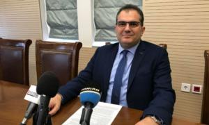 """Βασιλόπουλος για μετανάστες: """"Δεν έχει τεθεί ποτέ το ζήτημα του Στρατοπέδου"""""""