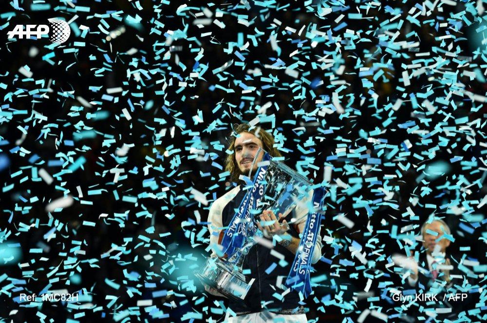 Θρυλικός Τσιτσιπάς, κατέκτησε το ATP Finals!