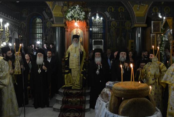 Υποδοχή εν μέσω βροχής της τιμίας χειρός του Αγ.Ιωάννη-Πολυαρχιερατικός Εσπερινός για την εορτή του Μητροπολίτη