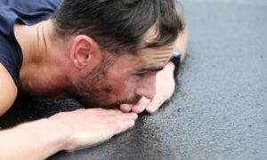37ος Αυθεντικός Μαραθώνιος: Δύο εμφράγματα και πρώτες βοήθειες σε 200 άτομα
