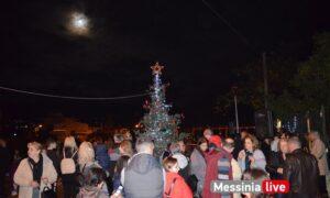 Φραγκοπήγαδο: Για πρώτη φορά η γειτονιά στόλισε Χριστουγεννιάτικο δέντρο!