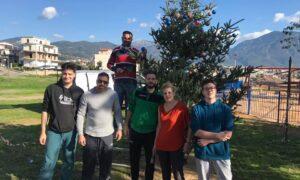 Φραγκοπήγαδο: Στόλισαν το χριστουγεννιάτικο δέντρο τους-Την Πέμπτη η φωταγώγησή του!