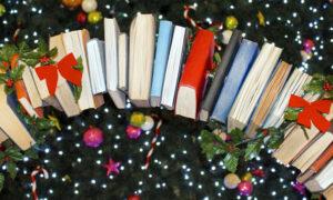 """Έκθεση βιβλίου των εκδόσεων της Σύγχρονης Εποχής στο """"Μικρόβιο"""""""