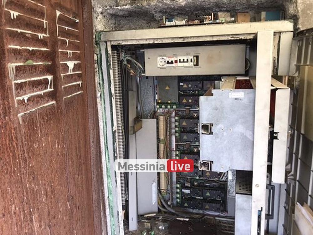 Εκτός λειτουργίας ξανά τα φανάρια στη Νέα Είσοδο: Παλιός ο μηχανισμός, λέει ο Δήμος-Έρχονται LED φανάρια το νέο έτος