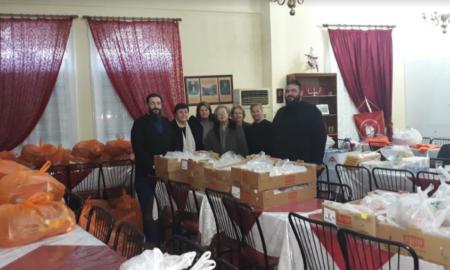 Ενορία Αγ. Νικολάου Φλαρίου Καλαμάτας: Πάνω από 100 δέματα τροφίμων για όσους τα έχουν ανάγκη